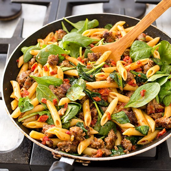 SFS_skillet_penne_suasage_sundried_tomatoes_spinach-12
